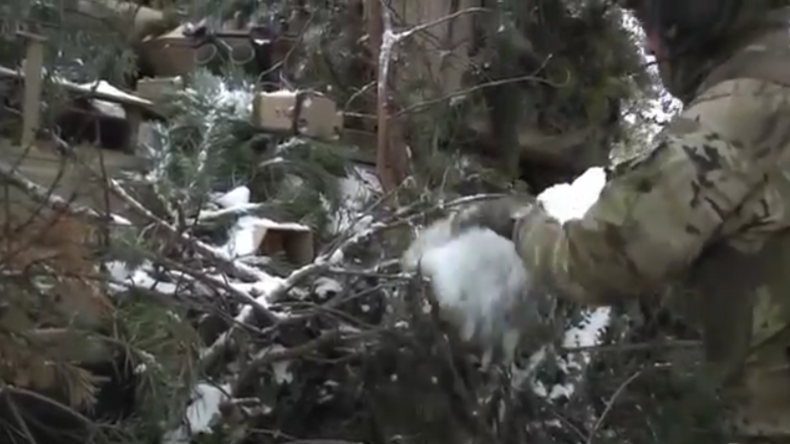 Ein paar Tannenzweige und eine Prise Schnee: So tarnt die US-Army ihre Wüstenpanzer in Polen