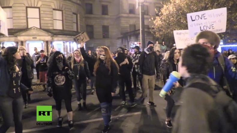 Live ab 17 Uhr: Protest gegen Besuch von US-Präsident Donald Trump in Philadelphia