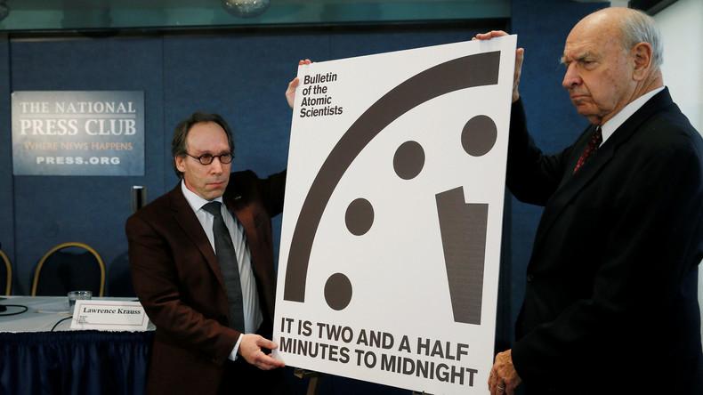 """Der Kalte Krieg ist endgültig zurück: """"Doomsday Clock"""" um 30 Sekunden vorgestellt"""