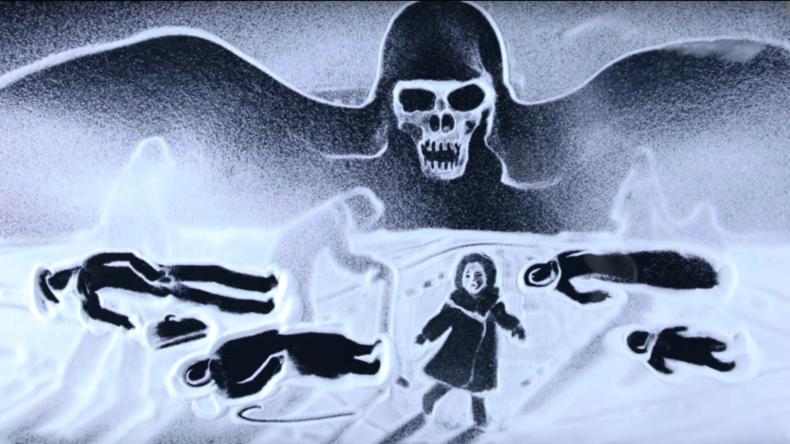 Künstlerin von der Krim gedenkt Opfer der Leningrader Blockade mit Schneezeichnungenfilm [VIDEO]