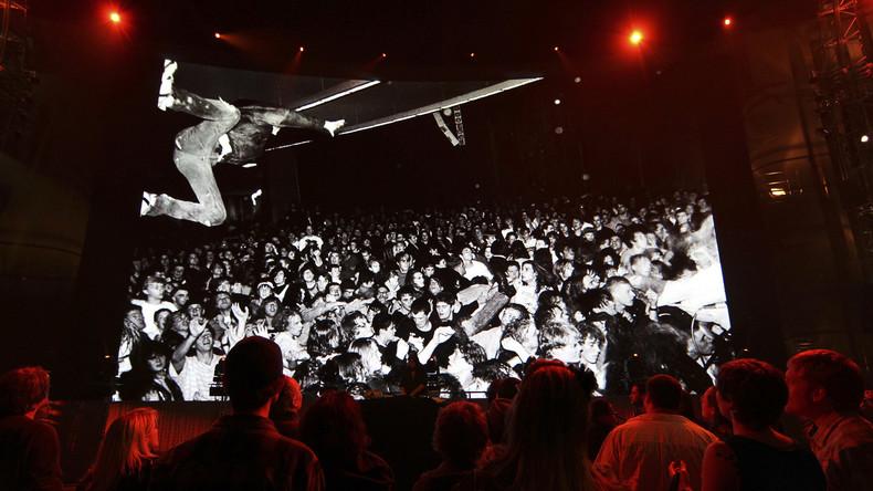 1.200 Musiker spielen zusammen den wichtigsten Hit von Nirvana [VIDEO]