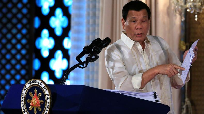 Duterte: USA bauen Waffenlager, verletzen Sicherheitsvertrag und wiegeln uns gegen China auf