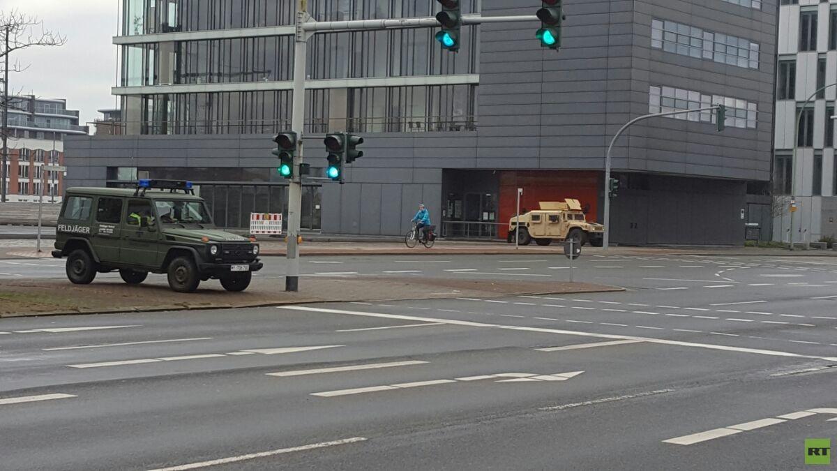 Feldjäger und US-Militärpolizei im Einsatz in der Innenstadt...