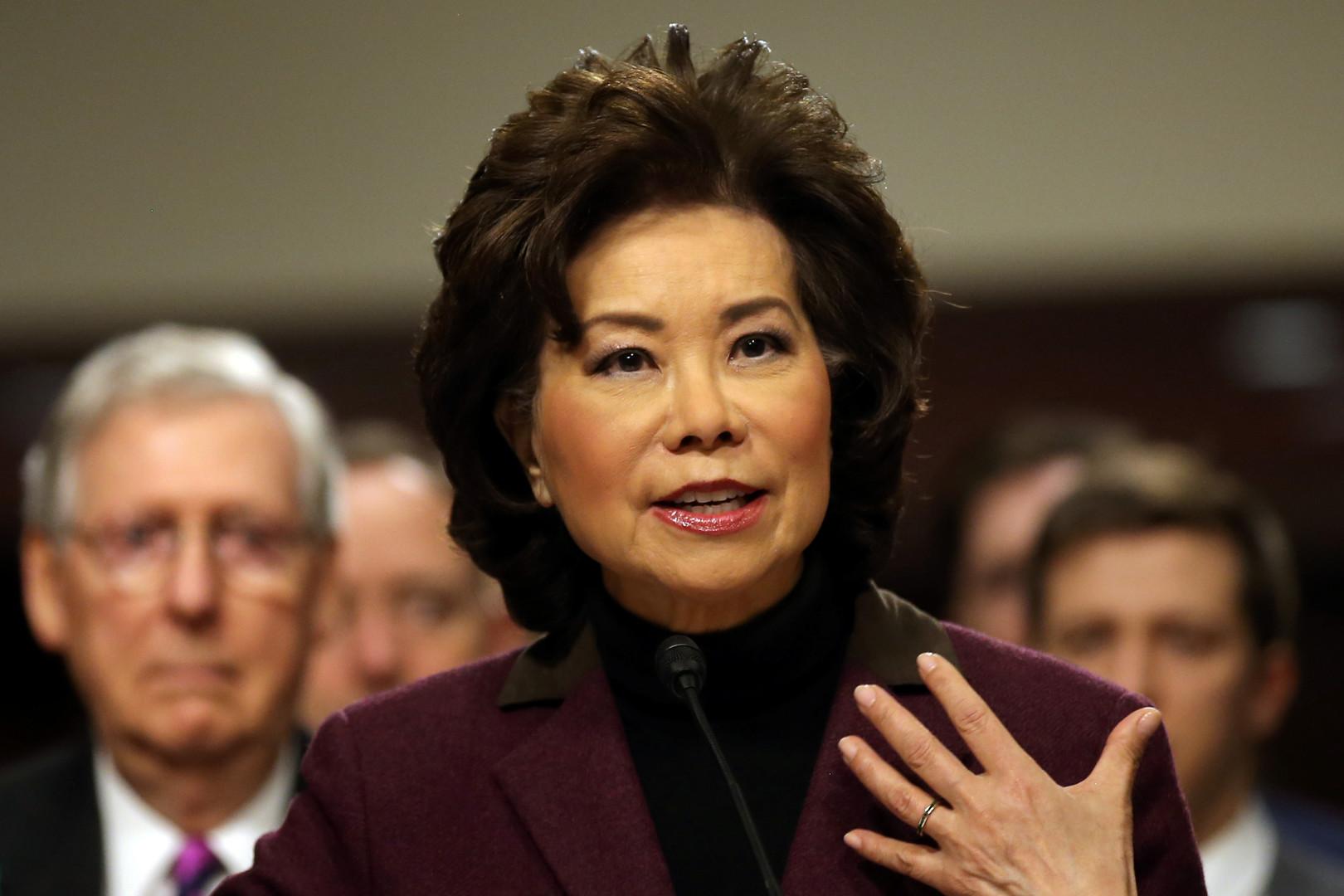 Elaine Lan Chao war Arbeitsministerin in der Administration von George W. Bush und soll jetzt Ministerin für Transport werden. Die in Taiwan geborene Republikanerin hat vor ihrer politischen Karriere in der  Finanzsphäre gearbeitet.
