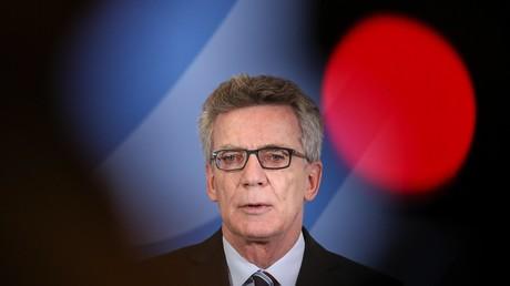 """Thomas de Maizière will """"Ausreisezentren"""" für abgelehnte Asylbewerber aufbauen"""