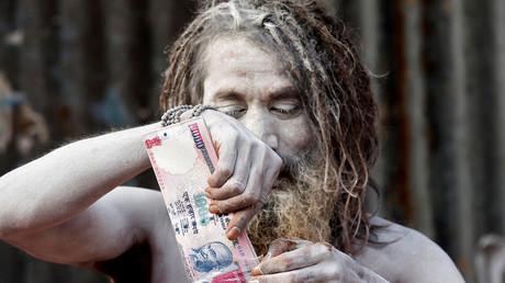 Aus dem Verkehr gezogen: Indiens Regierung erklärte den 1000-Rupien-Schein, neben dem 500er, für ungültig.