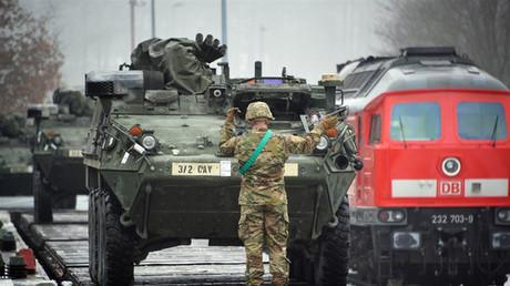 Obamas Abschiedsgruß: Wenige Tage vor dem Wechsel im Weißen Haus gibt die scheidende Regierung mittels eines Großaufmarsches in Osteuropa noch einmal ein machtvolles Bekenntnis zur Konfrontationspolitik in Richtung Russland ab.