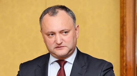 Der moldawische Präsident Igor Dodon während der Beratungen mit dem russischen Vize-Premier und Sonderbeauftragten für Transnistrien, Dmitri Rogosin, am 24. Dezember 2016 in Chisinau.