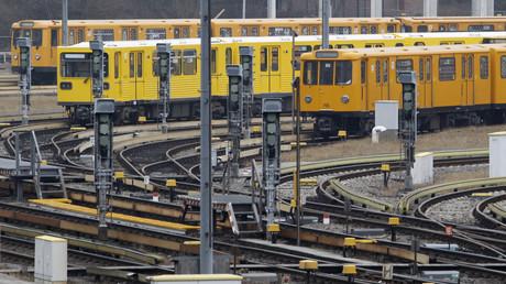 Schläge und Würgegriffe in Berliner U-Bahn