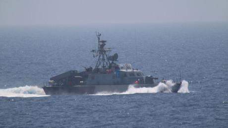 US-Kampfschiff gibt Warnschüsse auf iranische Militärkutter ab