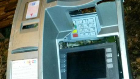Geldautomat bringt Güterzug in Nordrhein-Westfalen zum Entgleisen
