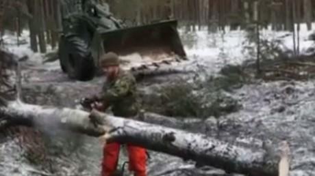 NATO zeigt, wie man eine Panzerkolonne ohne Waffen stoppt