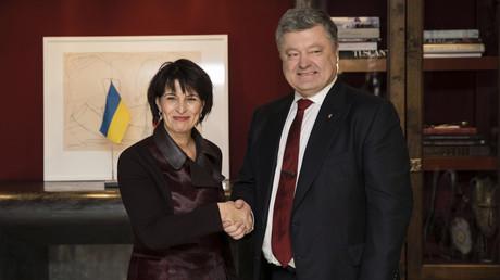 Schweizer Bundespräsidentin Doris Leuthard und ukrainischer Präsident Petro Poroschenko bei ihrem Treffen in Davos