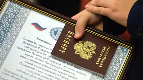 Die Ukraine zählt Ex-Bürger mit russischen Pässen