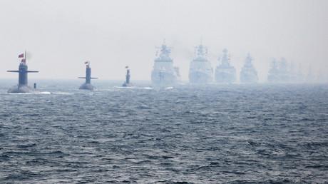 Chinesische Marineeinheiten beim Manövereinsatz...