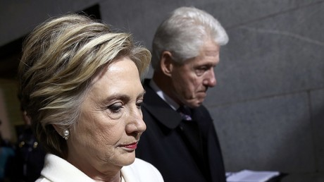 Hillary Clinton bekam 800.000 illegale Wählerstimmen - Forschung