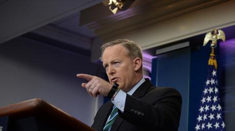 Sprecher des Weißen Hauses: Liste der Länder mit US-Einreiseverbot hat Obama-Administration erstellt