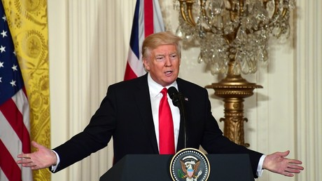 Donald Trump wirft Senatoren Versuche vor, einen Dritten Weltkrieg zu entfesseln