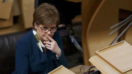Schottische Premierministerin stellt Theresa May zweimonatiges Ultimatum zum Brexit