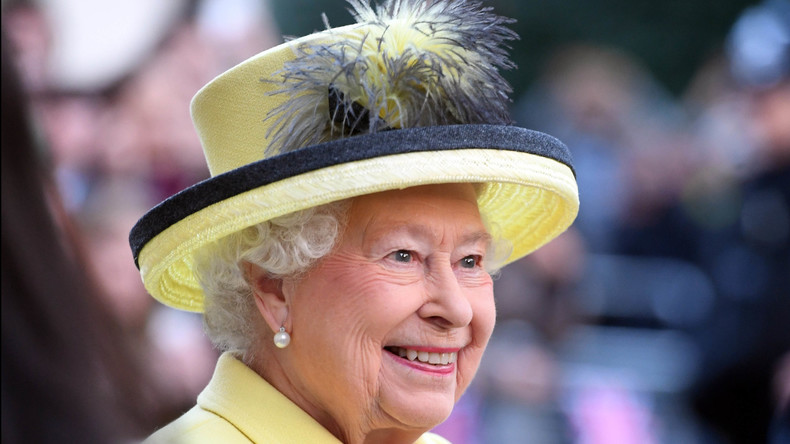 Queen Elizabeth II. begnadigt posthum fast 50.000 Homosexuelle