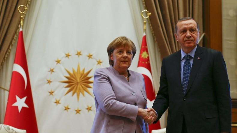 Er schaut ihr nicht mehr in die Augen! Krise bei Erdogan und Merkel?