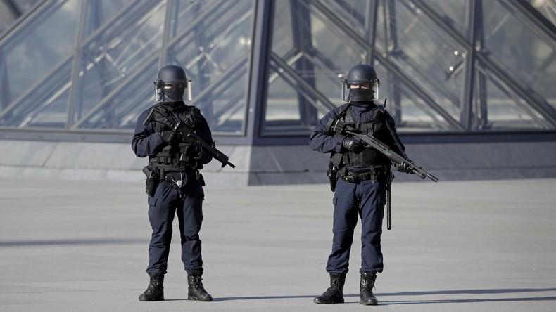 Angreifer am Pariser Louvre ist ein aus Dubai eingereister Ägypter - Medien