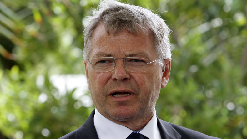 Norwegischer Ex-Premier wird auf US-Flughafen für potentiellen Terroristen gehalten