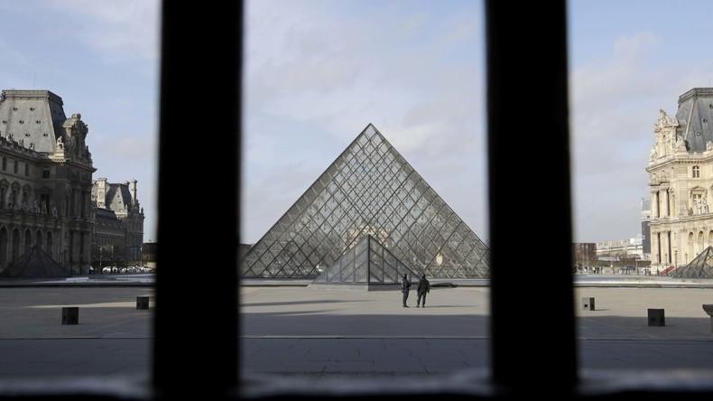Louvre-Angreifer verschickte kurz vor der Tat IS-Tweets