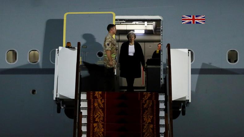 Flugzeug-Bewegung britischer Regierungschefin in Echtzeit Online verfügbar