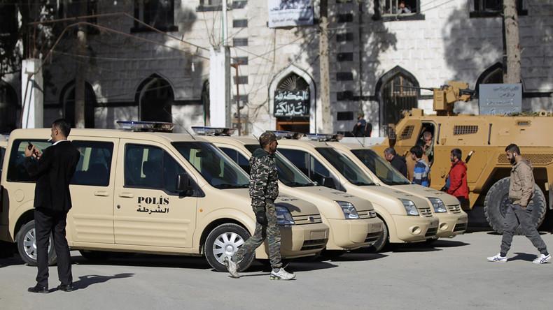 400 Festgenommene bei landesweiten Anti-IS-Razzien in der Türkei [VIDEO]
