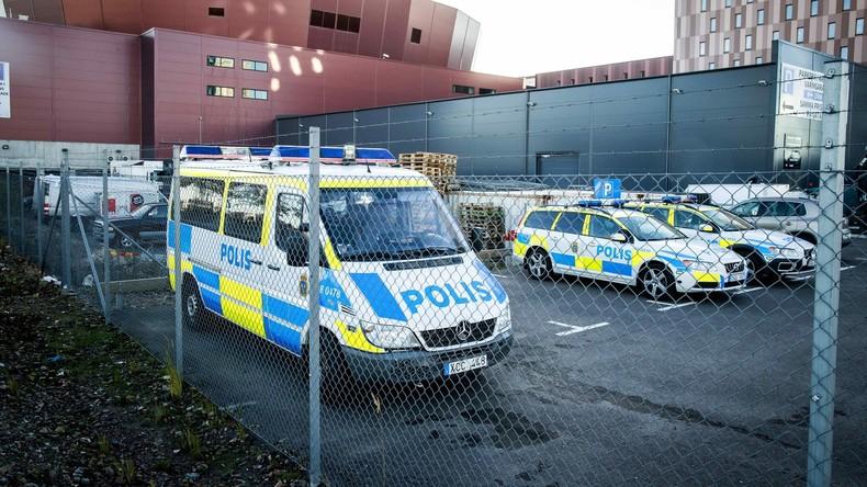 Unbekannte sprengen Auto des Stadtpolizeichefs in Schweden in die Luft