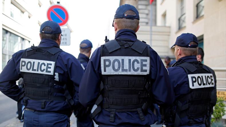 Vier französische Polizisten wegen sexuellen Missbrauchs an 22-jährigem Mann angeklagt