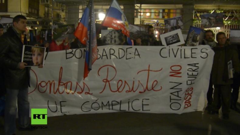 """Protest in Madrid: """"Die Ukraine beschießt Zivilisten und die EU ist ihr Komplize"""""""