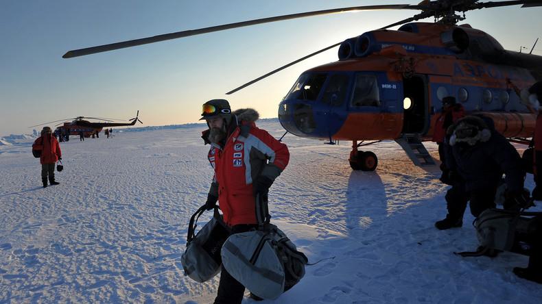 Russischer Abenteurer will neuen Weltrekord aufstellen und geht mit Heißluftballon auf die Reise