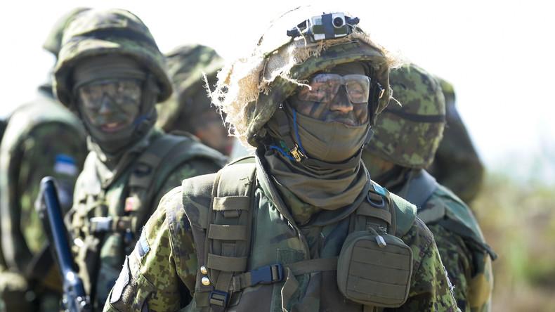 Estnische und US-Militärangehörige beginnen Fußmarsch entlang der Grenze zu Russland