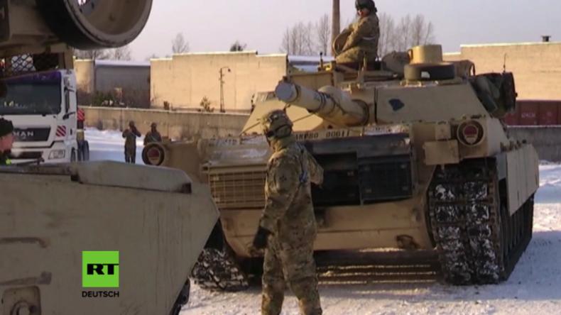 """US-Panzer erreichen Estland im Rahmen der US-Operation gegen """"russische Aggression"""""""