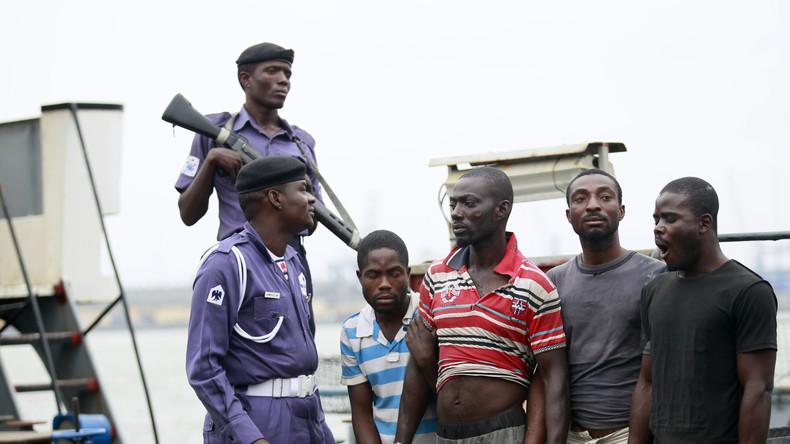 Piraten in Nigeria überfallen deutsches Schiff und nehmen Russen und Ukrainer als Geisel