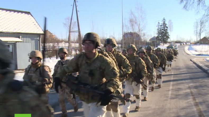 """US-Truppen marschieren nahe der russischen Grenzen zur """"Rückversicherung ihrer Verbündeten"""""""