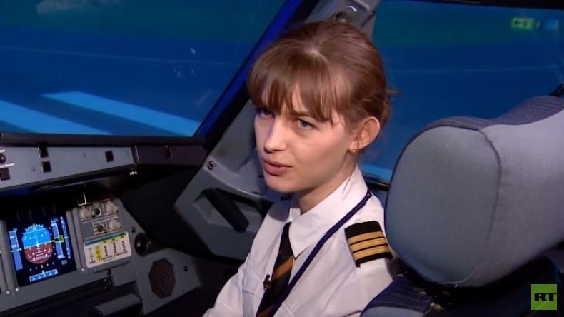 """""""Über den Wolken…"""" – RT Deutsch trifft zweitjüngste Pilotin Russlands"""