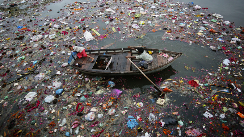 """Thailändische """"Müllinsel"""" nähert sich Urlaubsorten"""