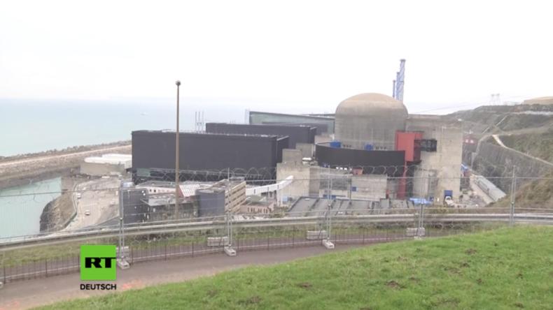 """""""Keine Gefahr für Mensch und Umwelt"""": Drei Brände in französischen Atomkraftwerken in nur neun Tagen"""