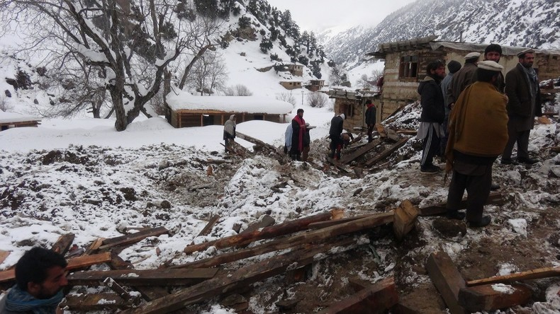 Mindestens 190 Menschen bei Lawinensturz in Afghanistan umgekommen