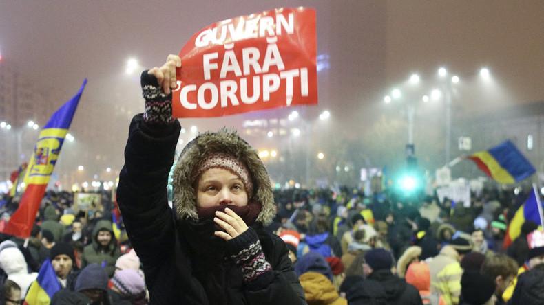 Massenkundgebungen in Rumänien: Präsident Johannis und Protestler stellen sich gegen die Regierung