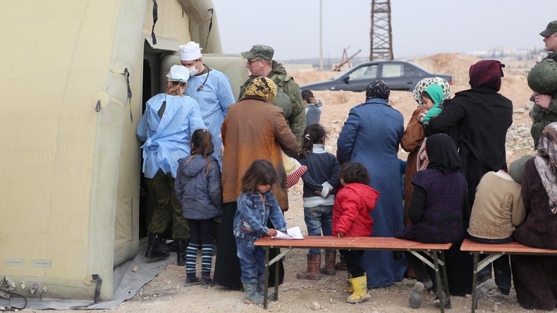 Russlands Militär verteilt mehrere Tonnen humanitäre Hilfe in Syriens Provinzen Aleppo und Homs