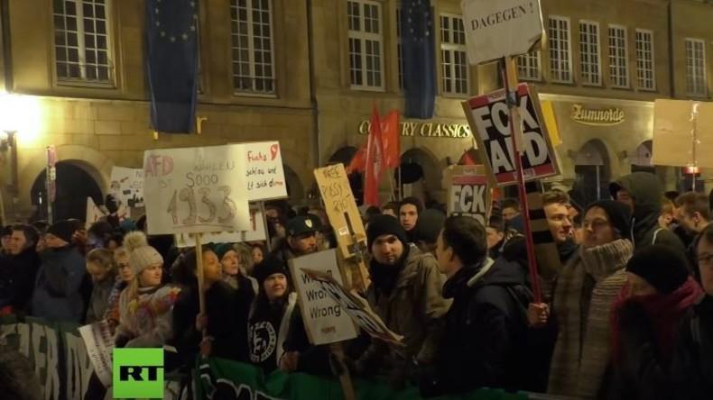 Proteste gegen Frauke Petry beim AfD Neujahrsempfang in Münster