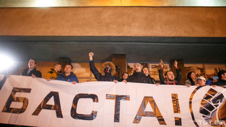 """""""Verärgerte Weißrussen"""" protestieren gegen """"Nichtstuer-Steuer"""""""
