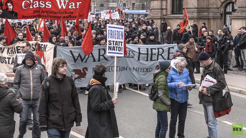 """Protest gegen Sicherheitskonferenz in München: """"Absprachen, wie aufgerüstet werden kann"""""""