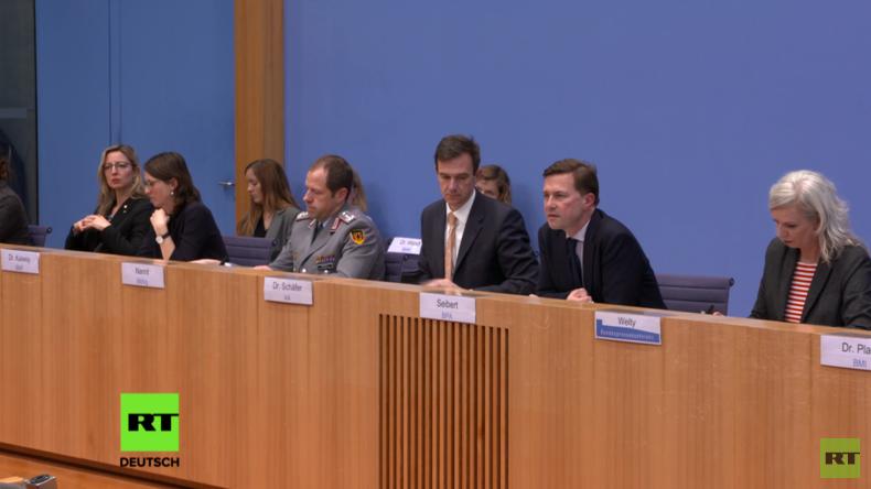 Seibert auf Regierungspressekonferenz: Erhöhung des deutschen Wehretats dient Stabilisierung Afrikas