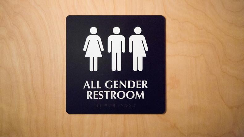 Donald Trump hebt Barack Obamas Richtlinie für Transgendertoiletten auf