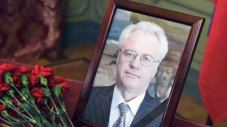 Sarg mit dem Leichnam des russischen UN-Botschafters Tschurkin in Moskau angekommen